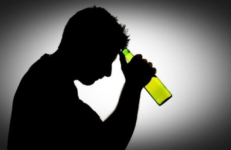[추석 술, 술술 마시다 큰일 ②] 자살도 야기하는 술…시도자 중 절반 '음주 상태'