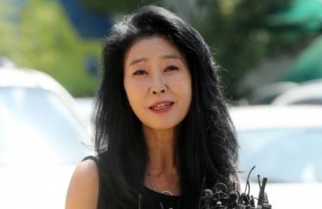"""김부선 """"문재인 대통령 연설에 소름 돋아"""""""