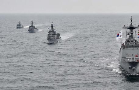 해군, 일본에 제주관함식서 '욱일기' 대신 '태극기' 게양 요청