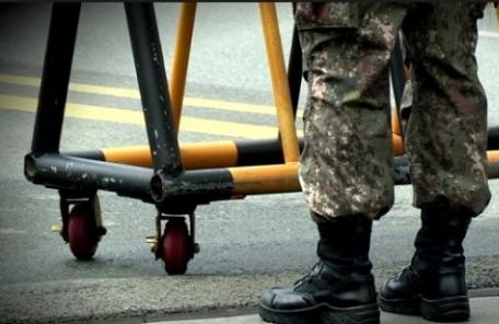 """軍면제 4급 판정받고도 현역복무…""""국가 배상""""판결"""