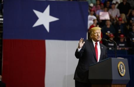 트럼프, 중간선거 자신감 얻었나…이민·국방·경제정책 '폭주'