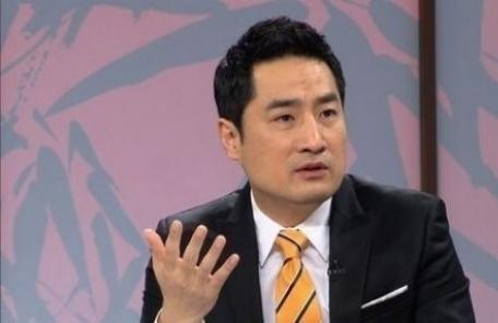 <속보>'도도맘 소송취하서 위조' 강용석 법정구속…1심 징역 1년