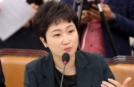 """이언주 """"나는 신보수, 혼자 한국당 입당 의미없다"""""""