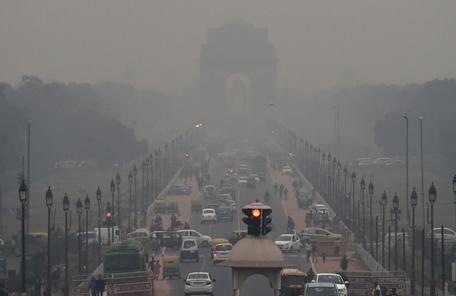 노숙자에 면 마스크까지 지급…'최악 대기오염' 인도 뉴델리시