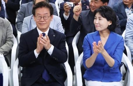 """혜경궁 김씨 트위터 보니…""""세월호 유족 되길"""""""