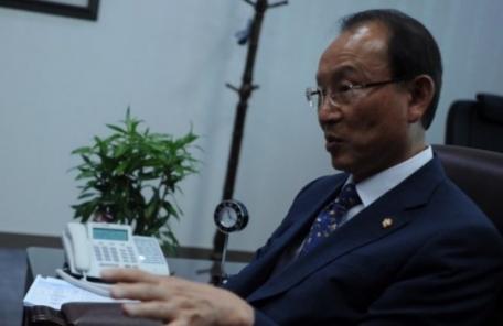 """최운열 민주당 의원 """"최저임금 인상하면 끔찍한 일 벌어질 것"""""""