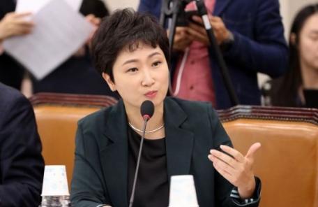 """이언주 """"김혜경 무혐의, 문준용 특혜 덮기 위한 초강수"""""""
