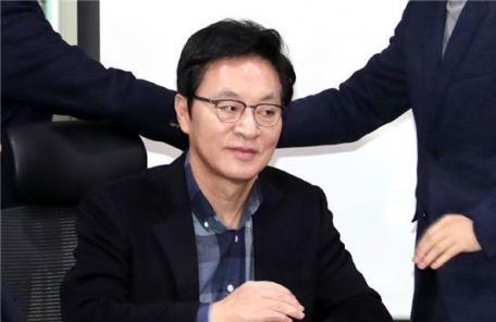 """'음식점 사장'된 정두언…""""노후대책 차원서 시작"""""""