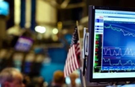 "WSJ ""경제전문가 절반 이상, 美 2020년부터 경기침체"""