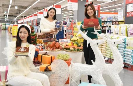 """(주말자) [연말 쇼핑시즌①] """"소비자 지갑 열어라""""…유통업계 할인전"""
