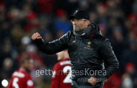 '3-1' 리버풀의 완벽한 승리…얼굴 못든 라이벌 맨유