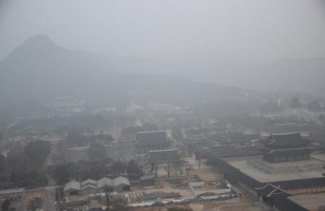 [오늘날씨] 포근한 토요일…미세먼지는 다시 기승
