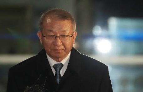 양승태 구속여부 오늘 결정…25년 후배 판사 손에 달렸다