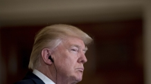 """트럼프 """"지금 NAFTA 탈퇴 안 한다"""""""