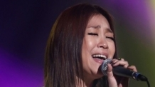 가수 박정현, 캐나다 교포 대학교수와 7월 결혼…3년 열애 결실