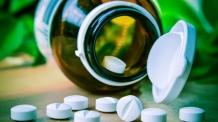 (온라인12:00 )  감기에는 무조건  항생제 처방?   처방율 낮은 병원에 인센티브 준다.