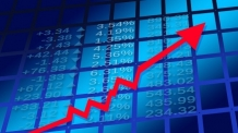 """정부 """"가상화폐, 전면금지 안해""""…하락하던 관련株, 일제히 급등"""