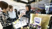 사드 발 한한령에도…한국 화장품 인기 '고공행진'