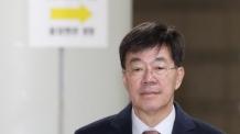 '돈봉투 만찬' 이영렬…檢, 2심서도 벌금 500만원 구형