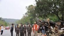 마약 복용 태국 '버스기사' 광난의 질주…18명 사망 대형사고