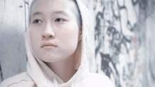 '실종' 성룡 딸 우줘린, 加서 노숙생활…무슨 사연 있길래?