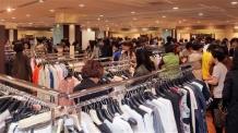 [신바람난 5월 유통가 ①] 황금연휴에 이른 더위 효과…백화점 매출 10% 올랐다