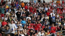 [그래도 대~한민국 ①] 힘빠진 월드컵? 유니폼 판매도 줄었다