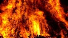 김해 워터파크 2층 사우나 불…70여명 대피