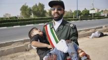 """이란 軍퍼레이드 도중 총격으로 80여명 사상…이슬람국가(IS) """"우리 소행"""""""