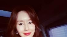 배우 김지수 '음주 인터뷰' 논란…혀 꼬이고 눈도 제대로 못떠 결국 취소