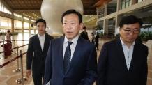 대규모 투자계획 발표 뒤 일본 향하는 신동빈<YONHAP NO-4389>-copy(o)1