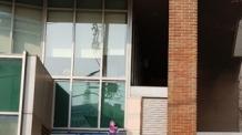 명동 YWCA 수영장서 불…40여명 대피 소동