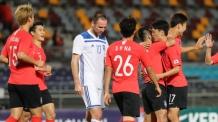 한국, 우즈벡에 4대0 완승…벤투호, 6경기 연속 무패 신기록