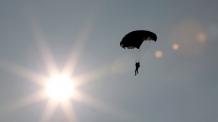 세계  최고령 102세 할머니가 스카이다이빙 하는 사연