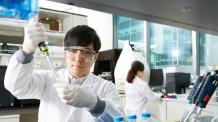 [제약톡톡]LG화학, 英 바이오 기술 도입해 항암ㆍ면역질환 치료제 개발한다