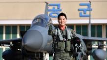 올해의 '탑건'에 F-15K 조종사 이재수 소령…1000점 만점에 1000점