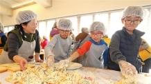 금천구 지역아동센터 어린이들 직접 만든 샌드위치 경찰에 전달