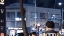 """암사역 칼부림 '소극 대응' 논란… 경찰 """"현장 체포요건 맞춰 적절 처리"""""""