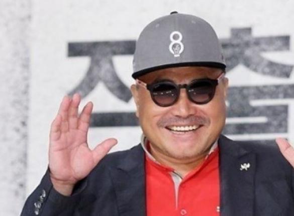 """김흥국, 피해 주장女 선물한 초상화 공개 """"홀린 것 같다"""""""