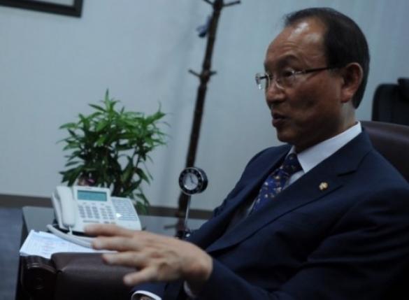 """""""최저임금 인상땐 끔찍한 일 벌어져""""…민주당 의원 일침"""