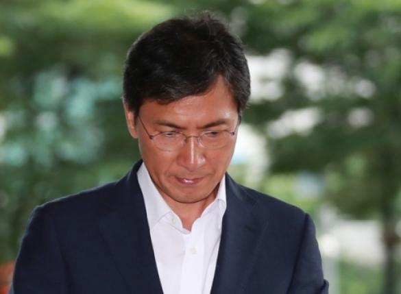 """김지은 측 """"안희정과 불륜? 예상했던 주장"""" 반박"""
