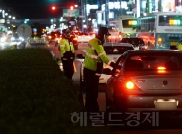 [단독]'장제원 아들' 영향?… 警, 음주운전 '현행범 체포' 늘린다
