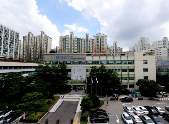 서울 강남구 확진자 2명… 신천지 신도·대구 방문자