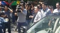 北대사관 직원, 취재진에 차량돌진 '위협운전' 마찰