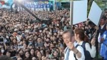 """분당 구름인파…문재인 """"정치는 이재명처럼"""""""