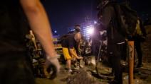 홍콩 시위대와 충돌 중 벽돌 맞은 70대 노인 사망