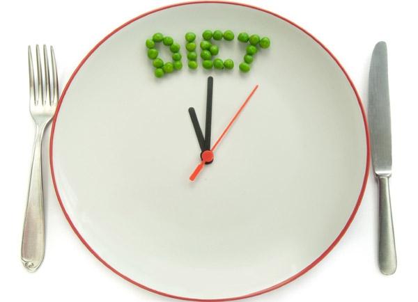 천천히 먹고, 적게 먹는 식습관의 중요성 이미지1