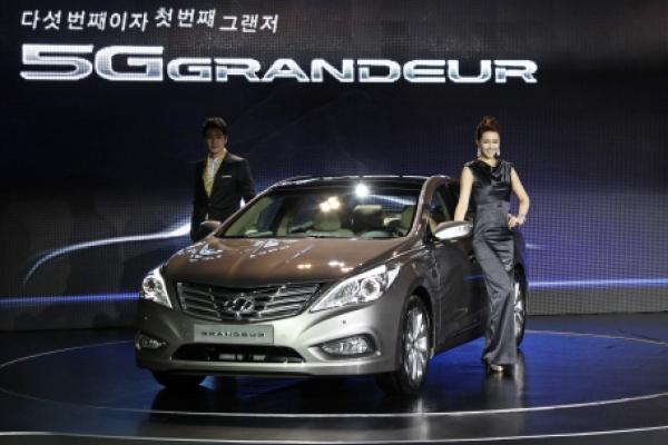 Hyundai unveils Grandeur
