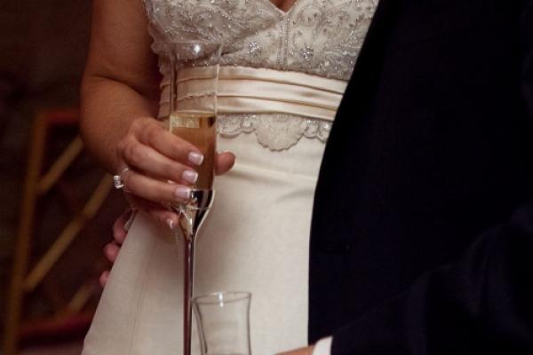 Aussie millionaire offers W2.5b for Korean bride