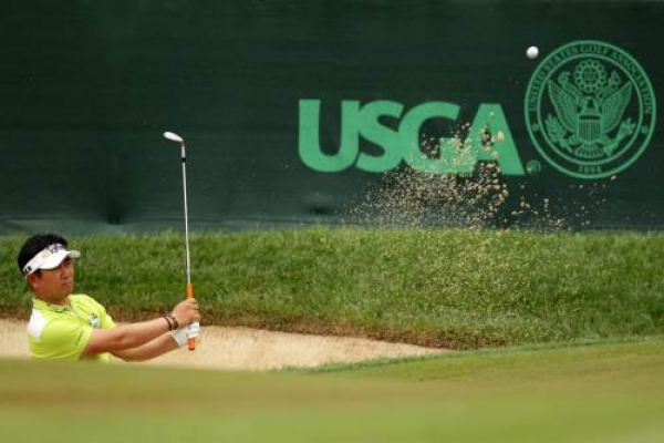 McIlroy takes 3-shot lead at U.S. Open